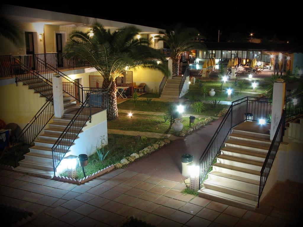 Baia Dei Gigli Hotel Club